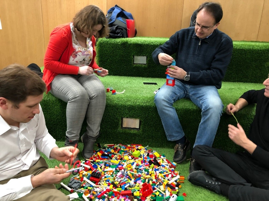 Disruptive Innovation Session LEGO-A-GO-GO