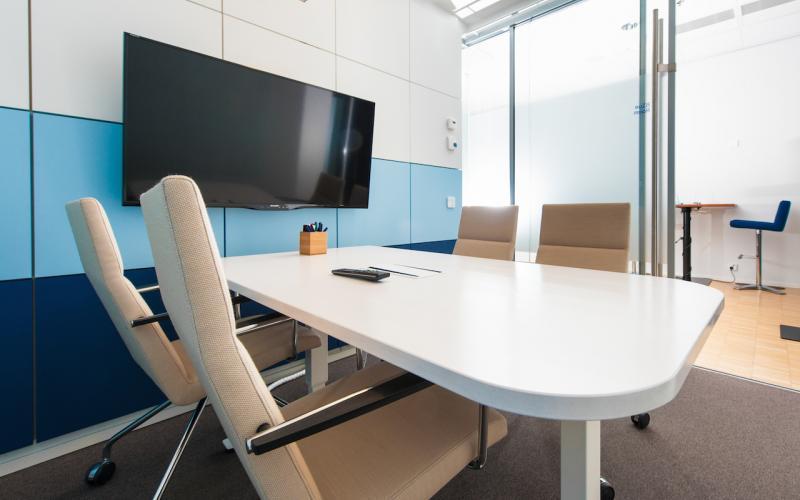 work&meet blue-room kokoushuone